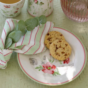 plato meadow con cookies